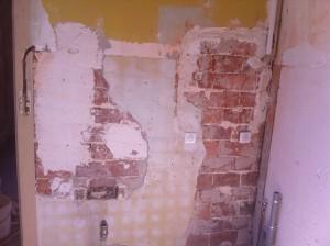 Plâtre sur mur retrait faïence
