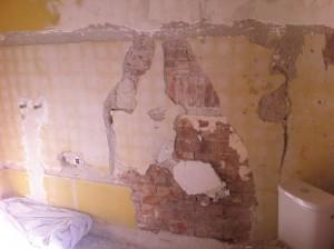 Plâtre sur mur retrait faïence 3