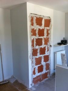condamantion d'une porte sur cloison en briques